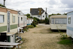 Holiday Homes (jamiethompson01) Tags: whitstable beach uk unitedkingdom august sony a7 zeiss 55mm 18f oysters van mobile home winnebago camper camping table house bench grass old life flowers retirement dream living za briton resort pleasure summer iso 200