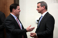 Doug Ducey & Neil Giuliano (Gage Skidmore) Tags: doug ducey governor neil giuliano mayor tempe arizona ceo summit chief executive officer greater phoenix leadership 2016 marriott buttes