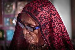 Jain Worshipper (robmanf55) Tags: osian rajasthan india in jain jainism temple woman elderwoman indianwoman worship