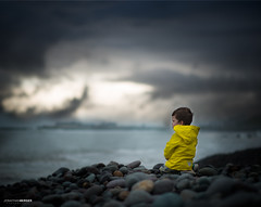 Bajo la tormenta!  Costa Verde - Lima (NawiPhotography) Tags: baby children child childrenphotography childrens cute candid sky sunset sunlight cloud clouds beauty boy babe beach sea nikon nikond610 new naturallight news