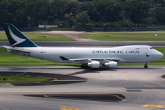 Cathay Pacific Cargo | Boeing 747-400ERF | B-LID | Singapore Changi (Dennis HKG) Tags: cathay cathaypacific cpa cx boeing 747 747400 747400er 747400erf boeing747 boeing747400 boeing747400f cargo freighter aircraft airplane airport plane planespotting changi singapore wsss sin blid oneworld canon 7d 100400