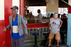 Cuba: drunk cubans at a bar (VJ Vee) Tags: life street old people architecture living parts havana cuba habana havanna kuba