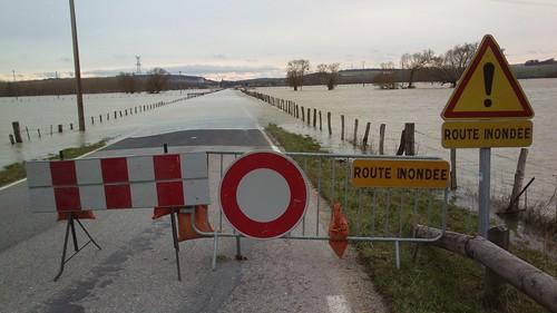 A la sortie de Sorcy-Saint-Martin, la route vers Void