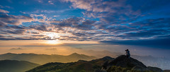 Sunrise @ Tai Mo Shan (dawvon) Tags: world china city sky people hk cloud nature sunrise skyscape landscape ed hongkong countryside twilight nikon asia zoom foggy peak wideangle nikkor  f4 vr shooters afs newterritories lenses morningmist zoomlens f4g 1635mm   taimoshan  fmount vibrationreduction vr2 vrii wideanglezoom  nanocrystalcoat afsnikkor1635mmf4gedvr 1635mmf4gvr