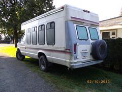 '83-'91 Ford Econoline 350 Futura Bus (Foden Alpha) Tags: bus ford 350 mapleridge futura econoline