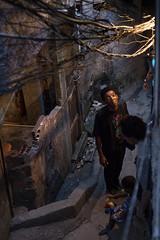 José Luis Summer, morador da Rocinha (ciromello) Tags: man brasil riodejaneiro negro noite homem fios favela slum rocinha