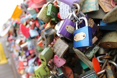 (quiet steps) Tags: korea lovers seoul locks padlocks namsan mtnamsan