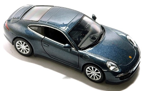 RMZ Porsche 911 Carrera S