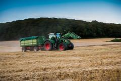 Abfahrer (Fotos aus OWL) Tags: dreschen vario fendt tractor traktor ernte landwirtschaft
