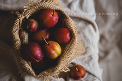 Home Grown Plums (DefinitelyDreaming) Tags: food foodphotography manchesterfoodphotographer plums fruit homegrown healthy tasty sonya99