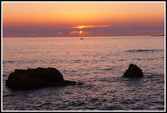 Coucher de soleil - Plage de l'Herbaudire (Les photos de LN) Tags: sunset ocanatlantique ledenoirmoutier vende rochers lumire couleurs