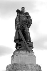 Vuchetich's Statue (daniel_james) Tags: 2016 berlin germany europe canon1022mm treptowerpark sowjetischesehrenmal sovietwarmemorial vuchetichstatue blackandwhite