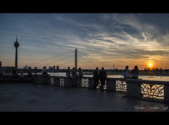 Sunset in Dusseldorf (Cristian Lupi 72) Tags: reno rhein fiume river germany germania dusseldorf tramonto pace sera acqua sole sun panorama landscape evening nikon cristianlupi vacanze holiday relax