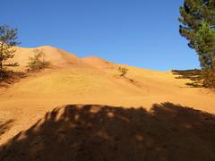 DSCF4086Lu (patrickpieknyj) Tags: paysage lubron coloradoprovencal