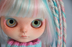 Helter has told me a secret (♥PAM♥dolls♥) Tags: cute dreadlocks toy punk doll sweet blythe freckles piercings cyberpunk customblythe customchips pamdolls