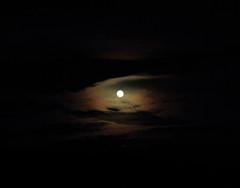 Full moon_2013_02_25_0004 (FarmerJohnn) Tags: winter cloud moon snow reflection night clouds canon eos 7 moonlight snowfield february lumi talvi kuu yö pilvet pilvi heijastus helmikuu anttonen kuutamo hanki canonef163528liiusm dcanon7dsuomifinlandvalkolaanttospohjajuhani