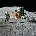600px-Apollo_15_flag,_rover,_LM,_Irwin