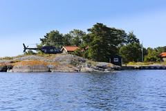 Take the helicopter to your summer cottage in the archipelago. (Anders Sellin) Tags: 2016 helikopter runmar skrgrd sverige sweden archipelago baltic helicopter sea sommar stockholm summer stersjn