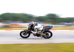 Yamaha FZ150i Race Kit (Safariq) Tags: yama fz150i fz150 fz vixion racebike trackbike track trackday sepang panning photog pirelli supercorsa hjc kneedown kneedrag