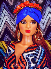 Queen Of Africa (Michaela Unbehau Photography) Tags: tonner doll company jon antonio realli wwwantonioreallicom fashion 16 ikat michaela unbehau fashiondoll dolls photography mannequin model mode puppe fotografie toy lips red voque vogue