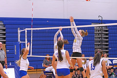 IMG_5464 (SJH Foto) Tags: net battle spike block action shot jump midair girls volleyball high school lancaster mennonite pa pennsylvania team tween teen teenager varsity
