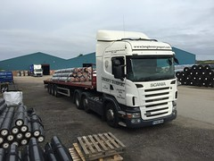 Roll over Beethoven (South Strand Trucking) Tags: scania lorry flat artic yard loaded warehouse store storage