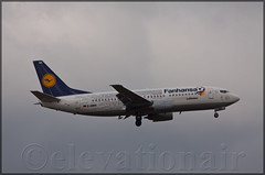 D-ABEK Boeing 737-330  Lufthansa / Fanhansa (elevationair ) Tags: eddf fra fraport frankfurt frankfurtmain frankfurtairport boeing 737 733 boeing737330 dabek lufthansa fanhansa fanjet soccer fans supporters avgeek aviation airplane plane aircraft cloudy