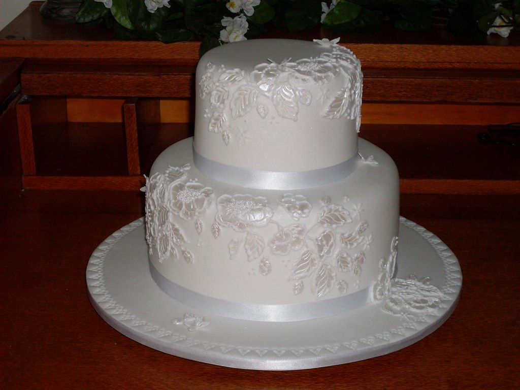 Standard one and two tiered wedding cakes toowoomba wedding 1or2 tier standard junglespirit Choice Image