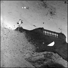 Temple Protestant (Rémy G.) Tags: blackandwhite bw white black film temple eau noir cross reflet toulouse canona1 blanc protestant croix flaque