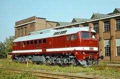 120 074  Dessau  xx.xx.xx (w. + h. brutzer) Tags: 120 analog train germany deutschland nikon dr eisenbahn railway zug trains db locomotive 220 dessau lokomotive diesellok eisenbahnen taigatrommel dieselloks webru
