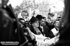 16F Stop Desahucios III (Christyan Martos) Tags: barcelona catalunya manifestacion stopdesahucios rememberthatmomentlevel1