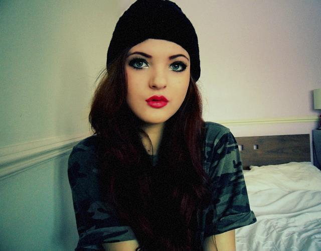 Hot cute webcam yahoo girl showing all - 3 5