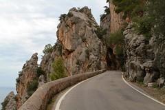 Mallorca 41113 (klaus_z74) Tags: urlaub einsamkeit spanien reise balearen gebirge serradetramuntana felsformation serpentin gebirgsmassiv nusdesacorbata