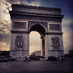 Arc de Triomphe (OnaMissionMedia) Tags: square squareformat sutro iphoneography instagramapp uploaded:by=instagram