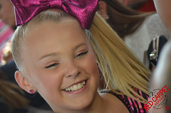 Jojo Siwa at the 2016 Teen Choice Awards Teal Carpet #TeenChoice - DSC_0179 (RedCarpetReport) Tags: redcarpetreport minglemediatv interviews redcarpet celebrities celebrityinterviews teenchoicefox teenchoiceawards fox teenchoice film television music sports comedy fashion