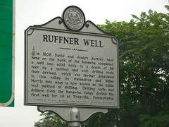 Ruffner Well Historic Marker (jimmywayne) Tags: marker historic westvirginia malden kanawhacounty ruffnerwell oil well drilling