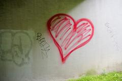 Red Heart And Green (pni) Tags: wall writing heart  paint grass sign helsinki helsingfors finland suomi pekkanikrus skrubu pni