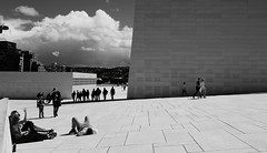 Timeout on the roof (ane_k) Tags: fujifilm xt10 18mm oslo opera street capital norway urban architecture citylife city digital europa town grey fujix design