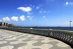 Gran Canaria (Gina.DiDato) Tags: grancanaria laspalmas piazza balconata lungomare nuvole azzurro blu