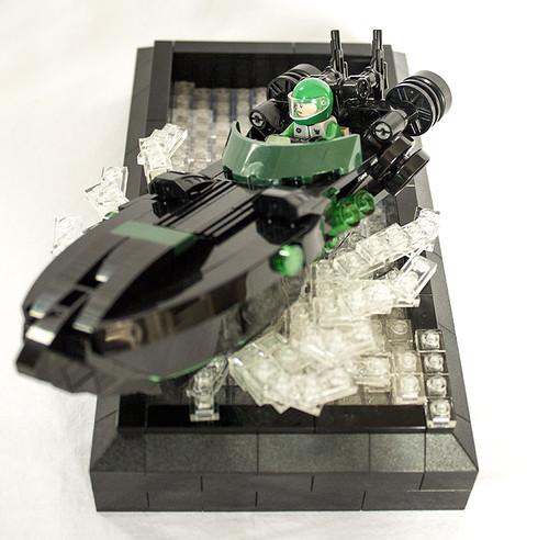 Slipwave: Sci-fi speedboat.
