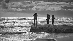 (thierrylothon) Tags: phaseone captureonepro c1pro aquitaine gironde monochrome noirblanc publication fluxapple flickr personnage ocan plage ciel architecture monument paysage