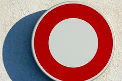 No vehicles (Jan van der Wolf) Tags: map158282v sign verkeersbord verbodsbord trafficsign shadow schaduw minimalism minimalistic minimalisme red rule rood composition compositie novehicles verbodeninterijden simple simpel circle round
