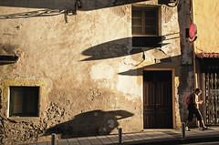 Das kabinett (adrizufe) Tags: getaria streetphotography longshadows gipuzkoa basquecountry atardecer adrizufe adrianzubia aplusphoto ngc nikonstunninggallery nikon d7000