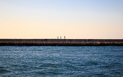 BFF (J@y C) Tags: girls friends amiti beach sea spain denia sun soleil jyc