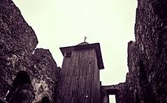 Kamenick hrad / Zmeck vrch  529m (trekkpics) Tags: esk kamenice esk stedoho bhmisches mittelgebirge cz schsische bhmische schweiz vcarsko dresden praha prag tschechien sachsen bad schandau nationalpark bahnhof bastei lilien stein lichtenhainer wasserfall kirnitzschtal bahn gebirge reise travel wandern berg luchs gehege personen aufzug felsen gipfel kreuz ceske drahy deutsche eisenbahn hauptbahnhof nadrazi drhy d ndra