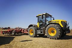 InnovAgri_2016_127 (TrelleborgAgri) Tags: trelleborg innovagri fendt tractor masseyferguson jcb