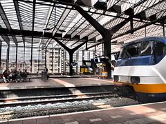 centraal station (Plastik99) Tags: centraalstation rotterdam zuiko train