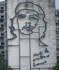 Cuba - Che (chrisbastian44) Tags: cuba cuban cubanpeople havana habana vsco replichrome people oldcars communist communism
