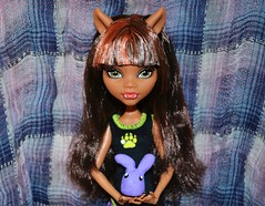 ~Float Like A Butterfly, Sting Like A Bee~ (•Caboose•) Tags: 3 bunny nova monster butterfly dead high wolf dolls d ninja edited c sting like line bee creation clay tired float unicorn sparkly kyra epic xd poptart renamed liike clawdeen picmonkey