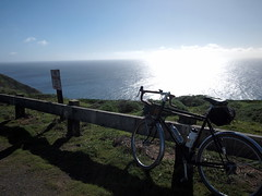 Looking Southwest (Franklyn W) Tags: marincounty bikeride sfr randonneuse 650b kogswellpr sanfranciscorandonneurs pointreyeslighthouse200k